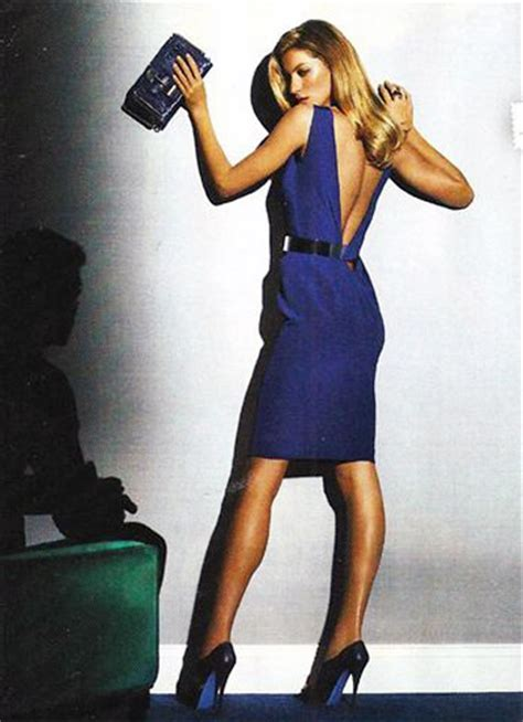The Complete Versace 2008 Advertising Caign With Gisele Bndchen by Gisele Bundchen S Versace Fall Winter 2009 Ad Caign