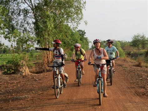 a westernerã s bicycle tour in china with a crash course in culture and society books sukhothai bicycle tour cycling tour around sukhothai
