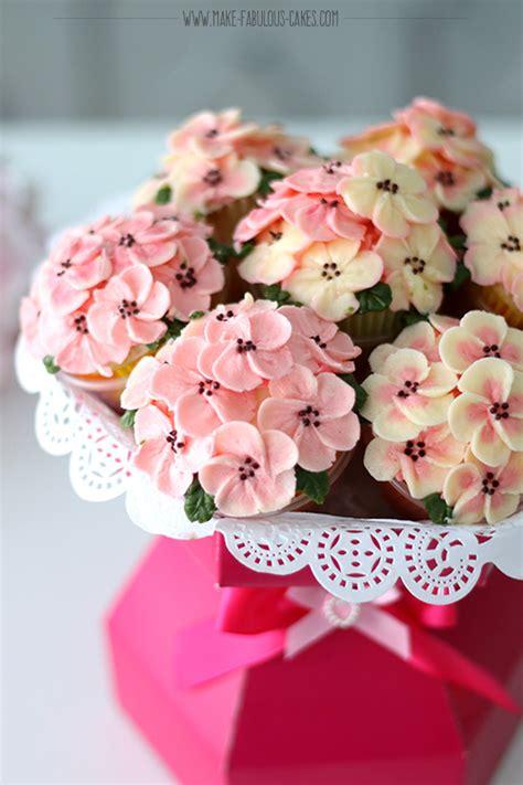floral arrangement cupcake tutorial easy cupcake bouquet tutorial