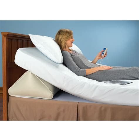 incline pillow for bed bed wedge minimax bed wedge system bed wedge foam