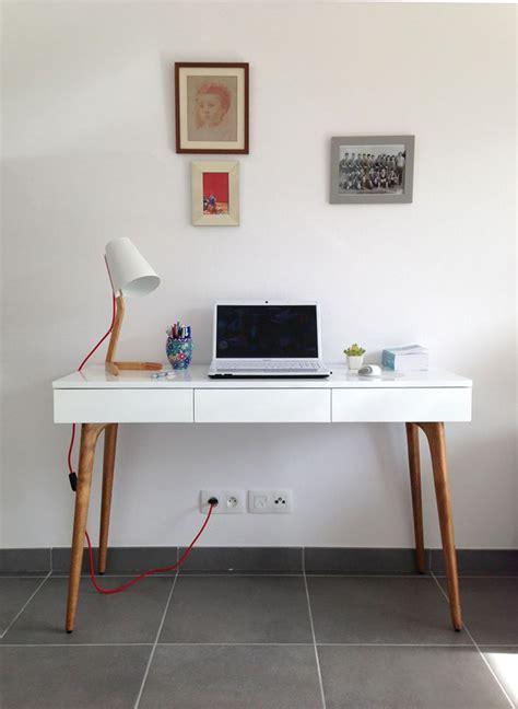 Retrouvez la console bureau design Natura bois blanc sur