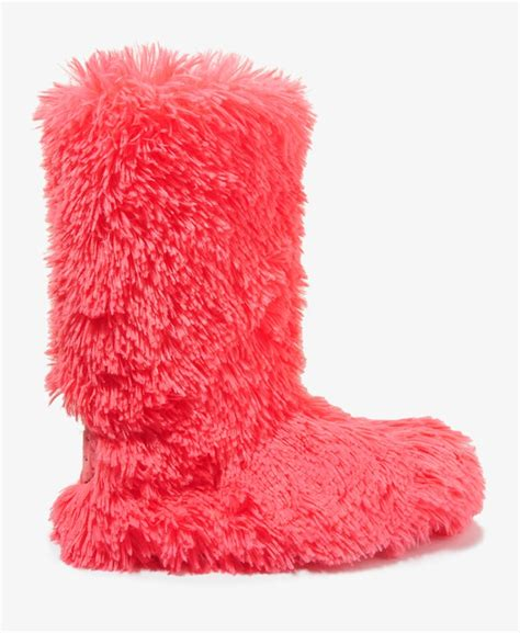 fuzzy boot slippers fuzzy slippers boots 28 images 17 best images about