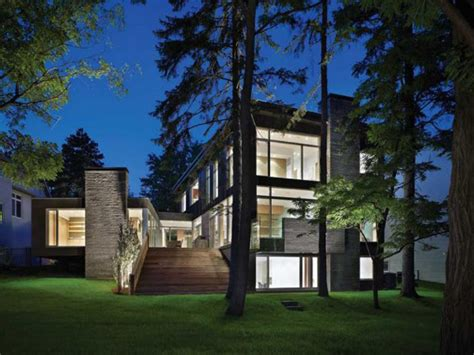 Canadian House Contemporary House Architecture Ravine House In Urban Canada