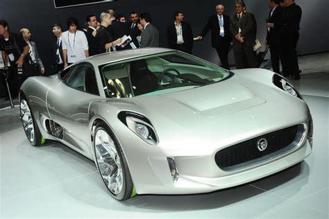 who makes jaguar car la show jaguar s c x75 supercar makes na debut carscoops