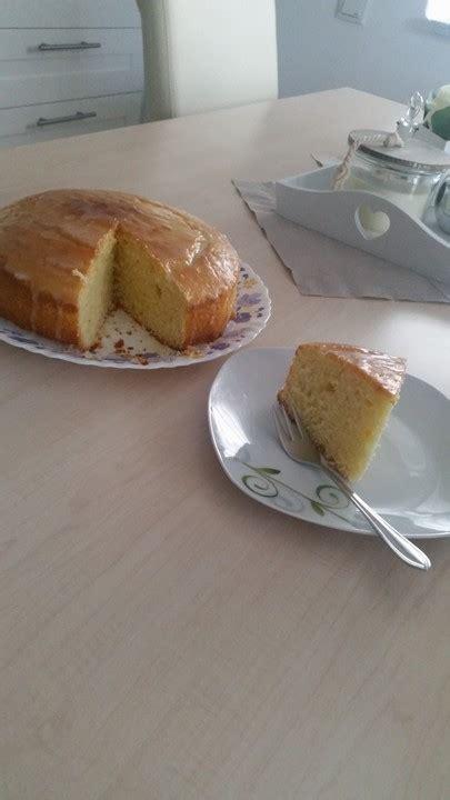 joghurt zitronen kuchen joghurt zitronenkuchen rezept mit bild herbsttraum