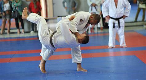 Le Judo Et Les Adultes Cercle De Judo De Vesoul