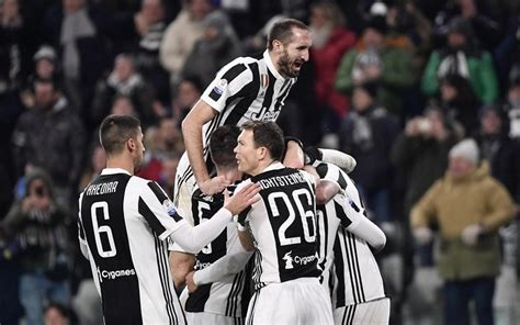 Juventus Original 2 coppa italia juve torino 2 0 douglas costa e mandzukic