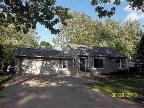 Houses For Sale In Cedar Falls Iowa by Cedar Falls Iowa Reo Homes Foreclosures In Cedar Falls