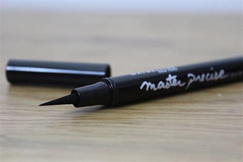 Maybelline Master Precise Liquid Eyeliner maybelline master precise liquid liner a junkie in
