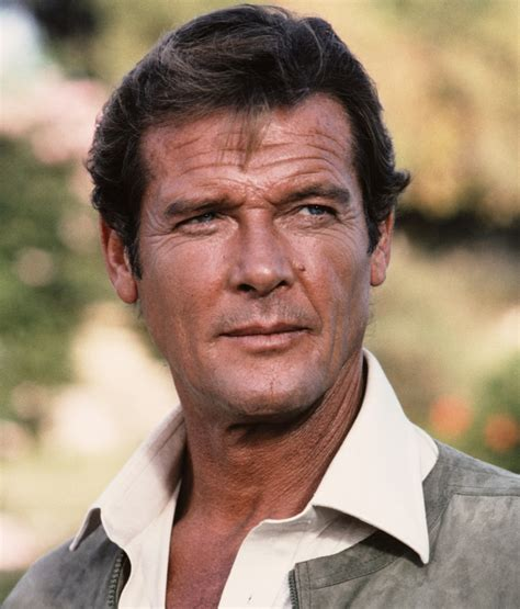 roger moore photo1 roger moore film actor actor television actor