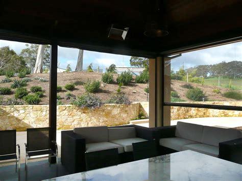 rollo windschutz rollo windschutz balkon terrassen u idealer sicht sonnen