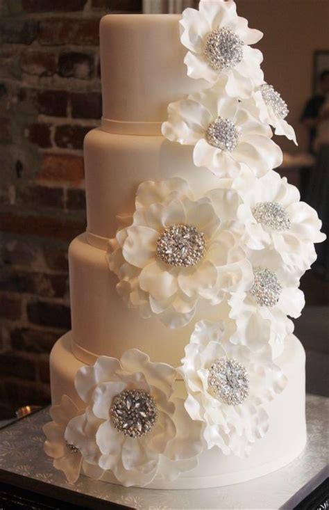 Wedding Cake Ideas Pictures by 40 And Simple White Wedding Cakes Ideas