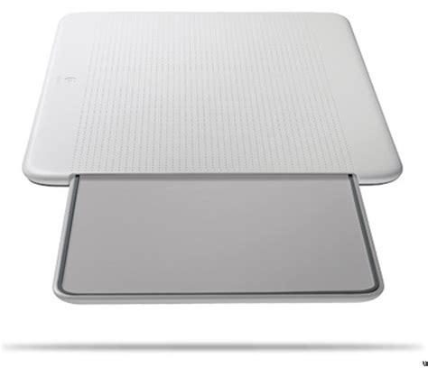 logitech portable lapdesk n315 ubergizmo