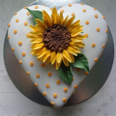 Sunflower Cake Decorations sunflower cake cakecentral