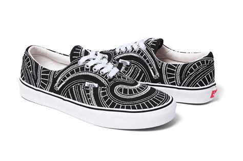 Sepatu Palyboy Zapato Black supreme x vans 2014 ss collection skool of daze