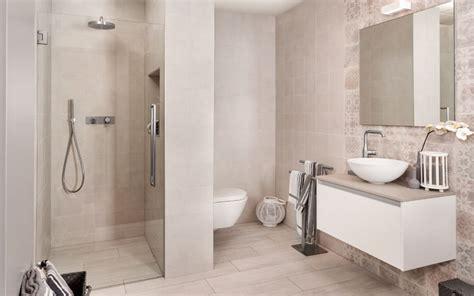 badkamer bad en inloopdouche badkamer met inloopdouche wooning
