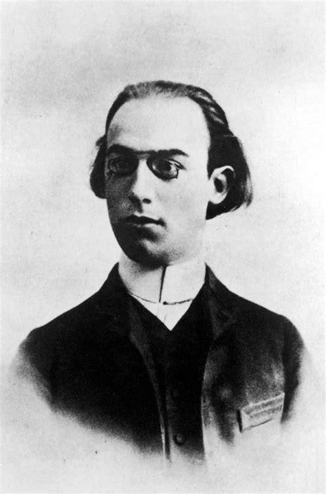 Erik Satie gnossiennes