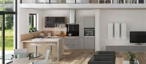 cuisine avec lave vaisselle vue de la cuisine depuis le