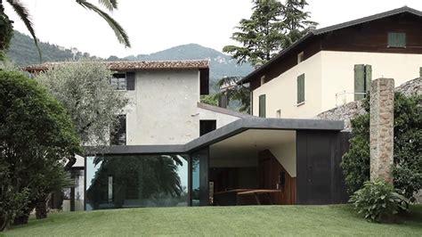 italian villa  glass walls  disappear