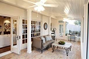 Fixer upper sun magnolia homes and magnolia market