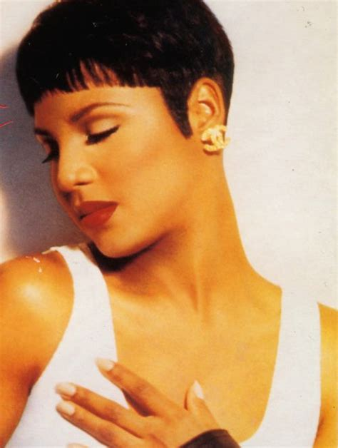 Toni Braxton Hairstyles by Toni Braxton Haircuts And Hair Cut On