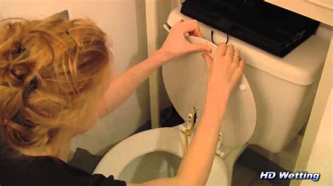 girl bathroom prank girl bathroom prank 28 images bathroom pranks are a