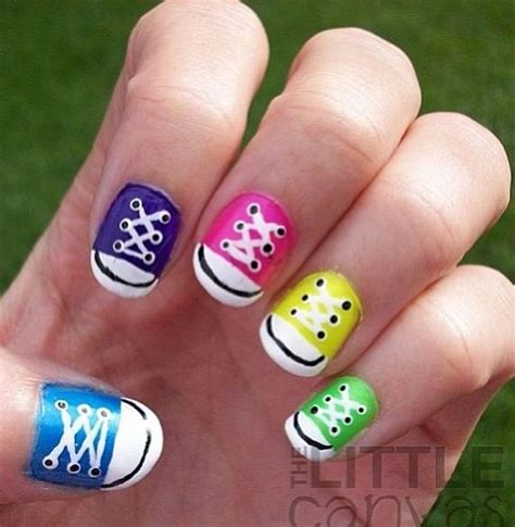 easy nail art converse converse shoes nail art nails pinterest