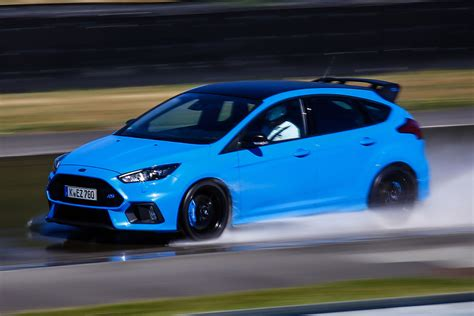 Ford Focus Us News 2017 New Ford Focus Rs Edition 2017 Review Auto Express