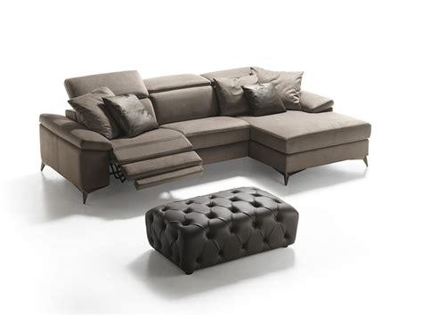 divani con movimento relax divano con penisola e doppio movimento relax elettrico