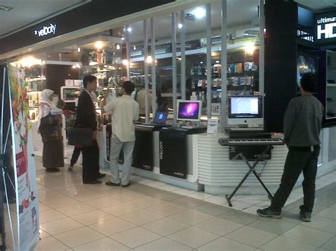 Macbook Di Emax Bandung memilih apple reseller store di kota bandung ruang chupa
