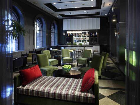 design quarter art lounge the allerton hotel chicago recieves the most nominations
