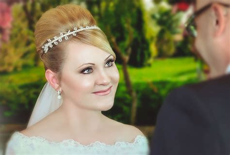 Best Wedding Hair Stylist Adelaide by Mobile Hair Styling Adelaide Weddings Formals Events