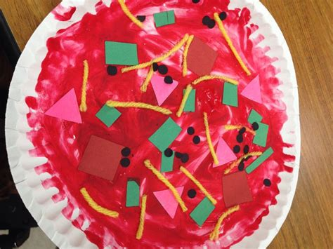 Paper Plate Pizza Craft - paper pizza crafts for preschoolers