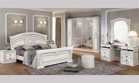 Klassisches Schlafzimmer by Klassisches Schlafzimmer Aida Bett Schrank Nachttische