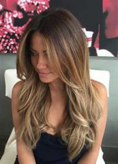hair styles cut hair in layers and make curls or flicks best 25 layered hair ideas on pinterest long layered