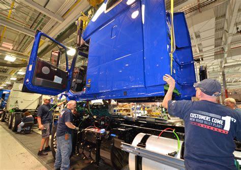 volvo trucks  lay   virginia factory workers truckscom