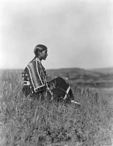 Draped Seated Woman History In Photos Edward S Curtis Plains Indians