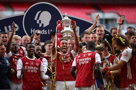 arsenal  chelsea fa cup final  reaction