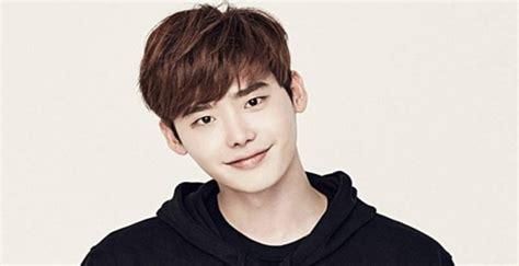 biography of korean actor lee jong suk lee jong suk biography facts childhood family life