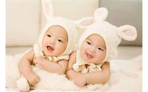 cute babies hd wallpaper download cute twin babies wallpapers hd wallpapers id 15806