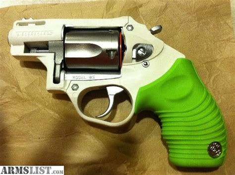 taurus model 85 poly protector guns pistols taurus pistols taurus model 85 protector poly zombie green and white