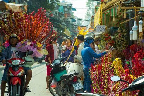tet holiday in vietnam timeanddatecom 7 unique traditions in tet holiday in vietnam vietnamese
