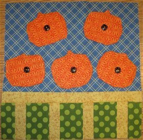 Pumpkin Patch Quilts by Pumpkin Patch Quilt Block Favequilts