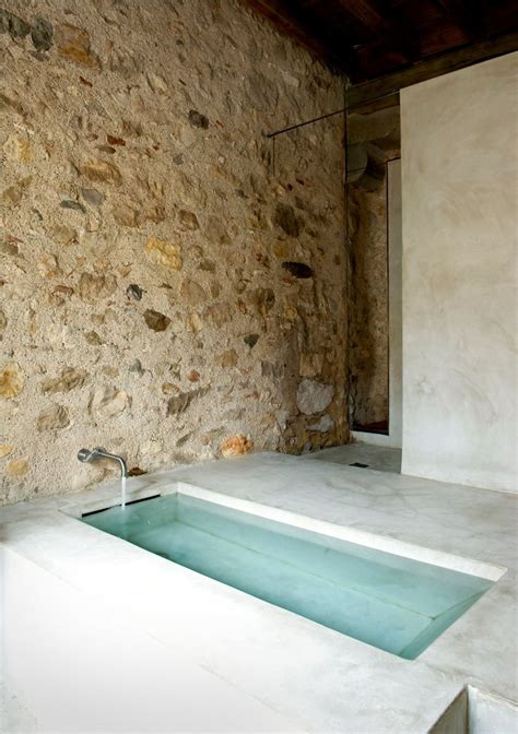 concrete bathtubs 114 best bathtubs images on pinterest bathroom ideas