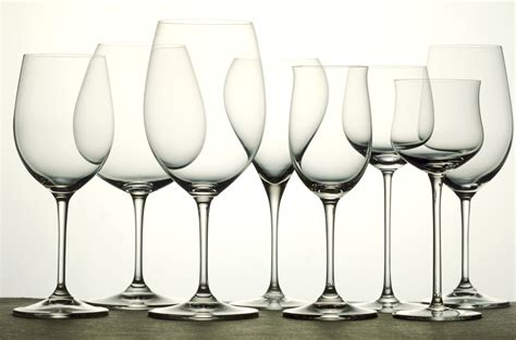 fine barware italian wine learn about decanters and glassware made in italy com