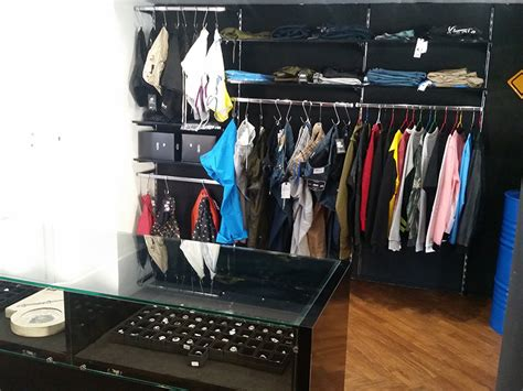 arredamento per negozio di abbigliamento arredamento negozio abbigliamento arredo negozi vestiti