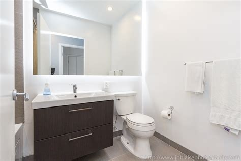 Bathroom Near Me Nyc Interior Photos Of The Day Downtown 2 3 Bedroom