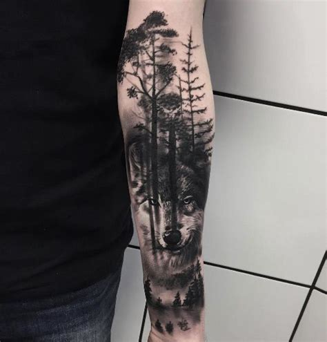 wolf tree tattoo 25 best ideas about wolf tattoos on wolf