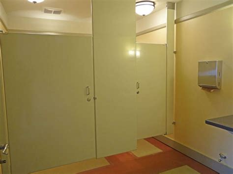 bathroom stalls without doors bathroom stalls without doors 28 images school