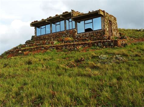 greenroofs projects the rock house